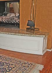 Curved Mantle Detail